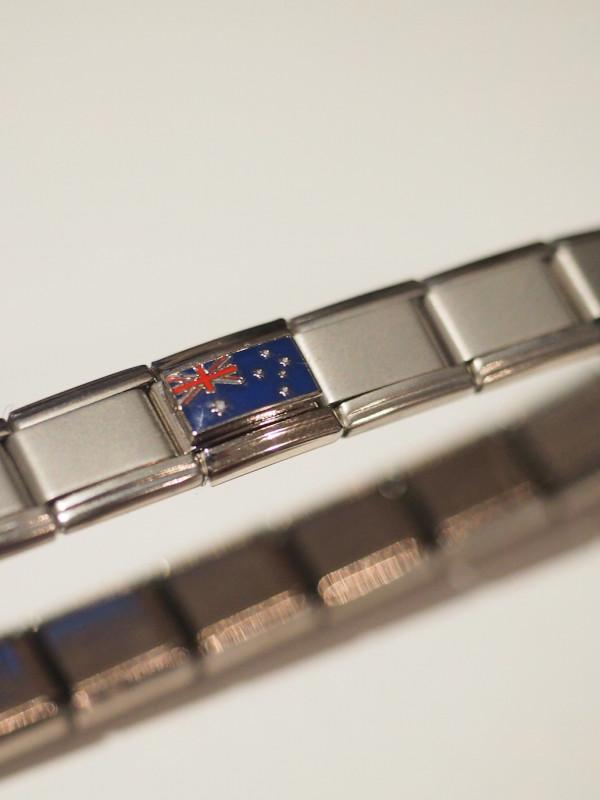Australian Flag Link